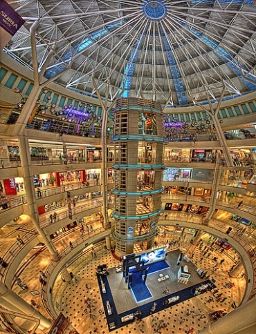 バンコクでは既に数多くの商業施設/ショッピングモールが建設されて競争激化