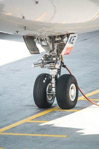 タイの航空業界セクターは15年時点で2つの不安要素