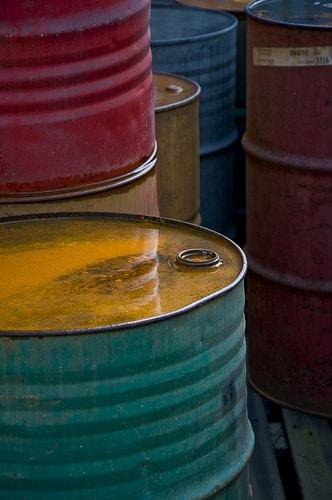 タイ国営石油は傘下のバンチャーク石油の株式を政府系2機関に売却