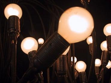 タイ証券取引所上場のスーパーブロックが発電事業へ