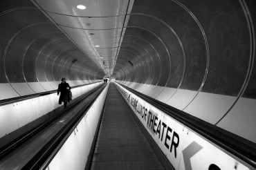 タイの地下鉄ブルーラインのチャオプラヤー川地下のトンネル工事
