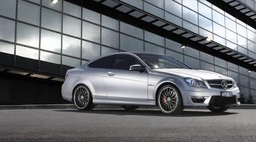 マレーシアの自動車メーカー、プロトン・ホールディングス新エンジンの開発