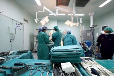 高級私立病院サミティベート病院がAECに向けた戦略を発表