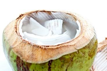 タイでココナッツウォーターを製造するNCココナッツ社、企業解説