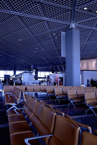 タイのプランBメディア社とブライトスカイ社の合弁事業でドンムアン空港に大型デジタルスクリーン設置