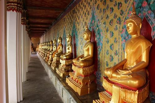 タイ人観光旅行者数増加の背景に関して