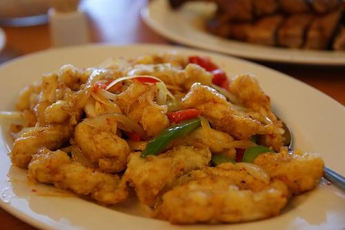 タイ国内外食チェーンのムダマン社は二部上場、グレイハウンドなどをさらに出店