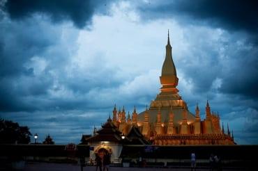 タイとラオスは5ヵ年マスタープランに合意、貿易・投資額100億ドルを目指す