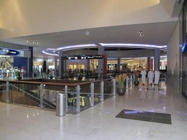 タイの高級モール運営、サイアム・ピワットはアジアの小売業大手と提携