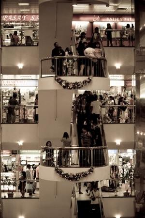 買い物代行などを提供するベンチャー企業のオネストビーがタイ進出