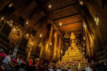 タイではプミポン前国王葬儀の準備が大詰め