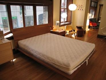 タイのマットレス市場に関して、マットレス・寝具メーカーのシンダ・タイランド社、企業解説