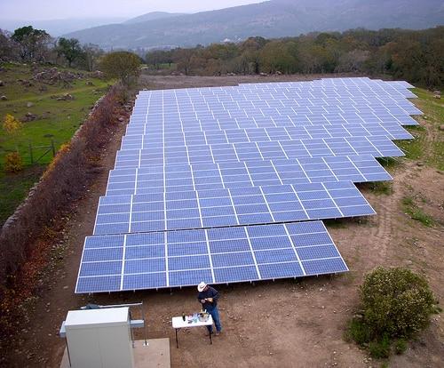 タイの太陽光発電の開発を営むSPCGは屋根ルーフトップ発電事業を進める