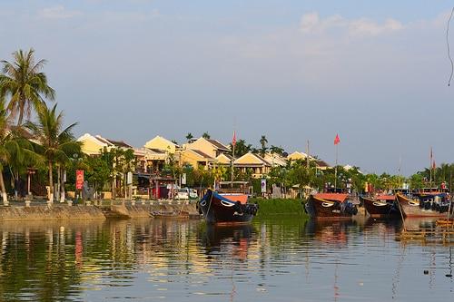 タイ国内最大手、バンコク銀行はベトナムでの中国系企業へ注目している