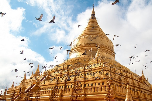 ミャンマー政府では、海外観光旅行者の目標数を下方修正