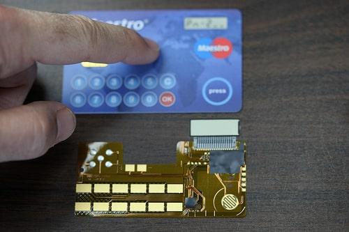 タイ国内クレジットカード大手、クルンタイカードの業績