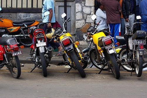 タイで二輪販売をしているAP Honda社がグレイハウンドGreyhoundと提携