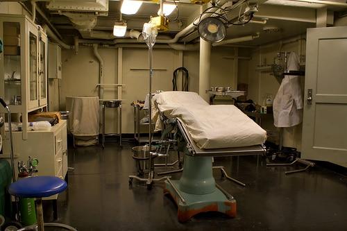 シンガポールのSTエンジニアリングはヘルスケア分野にも関心