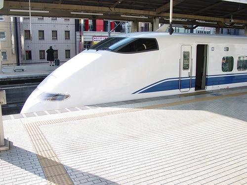 タイ国営石油PTTは高速鉄道プロジェクト入札に関心