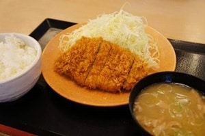 タイのセントラル・レストラングループは日本食の新業態を発表【タイ:サービス】
