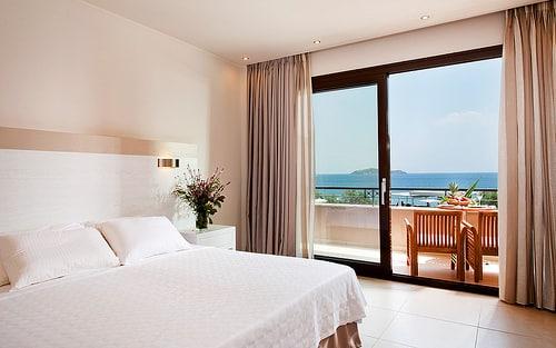 シンガポールのホテルセクターに関して(1)【シンガポール:観光・ホテル】