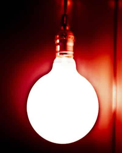 タイの太陽光発電・風力発電、スーパー・エナジー・コーポレーションが株価急落【タイ:エネルギー】