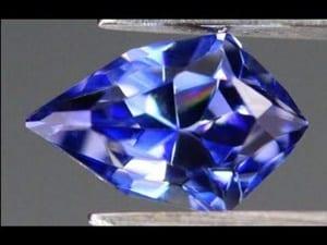 タイ証券取引所二部上場の宝石販売、ジュビリー・エンタープライズ【タイ:製造・宝石】