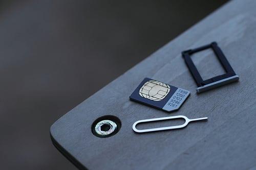 インドネシアでプリペイドSIMカードの登録義務化【インドネシア:携帯電話】