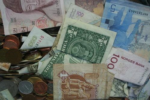 BDOユニバンク(BDO)、主要株主は複合財閥、SMインベストメンツ【フィリピン:金融】
