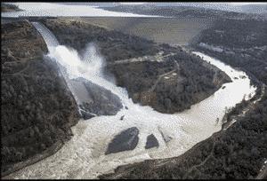 ラオス南部の大雨と欠陥工事の影響でタイ企業も参加するダムが決壊【ラオス・タイ:エネルギー】