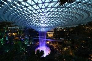 チャンギ国際空港に大型商業施設ジュエルが開業予定【シンガポール:空港・航空サービス】
