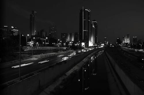 フィリピンのビルド・ビルド・ビルド計画、上場建設企業に関して【フィリピン:インフラ】