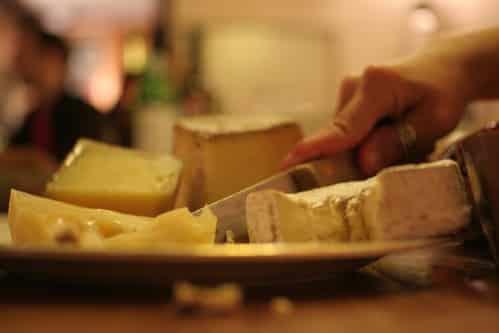 大手乳製品メーカー、ウルトラジャヤ・ミルク、企業解説【インドネシア:食品】