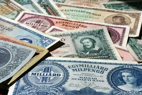 TMB銀行とタナチャート銀行は2019年末までに合併予定【タイ:金融・銀行】