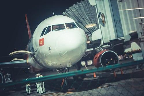 タイ・エアアジアのアジア・アビエーションはノック・エア買収断念【タイ:航空サービス】