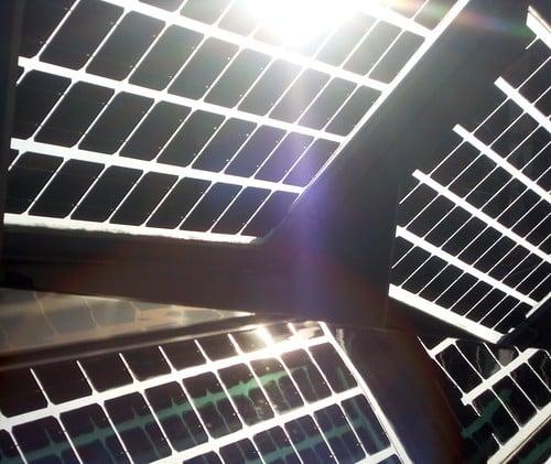 タイ政府エネルギー政策委員会は家庭用太陽光発電プロジェクトの準備【タイ:再生可能エネルギー】