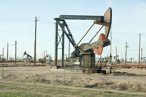 PTT石油開発は、マーフィ・オイル・コープのマレーシア権益を買収したい計画 【タイ:エネルギー・石油】